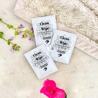 Hand & Nail Cleansing Wipes